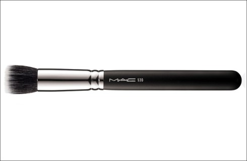 M·A·C's #130 Short Duo Fibre Brush