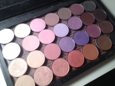 Wedding Eye Makeup Palette : Beautiful Wedding Make-up Looks and Colour Scheme Tommy ...