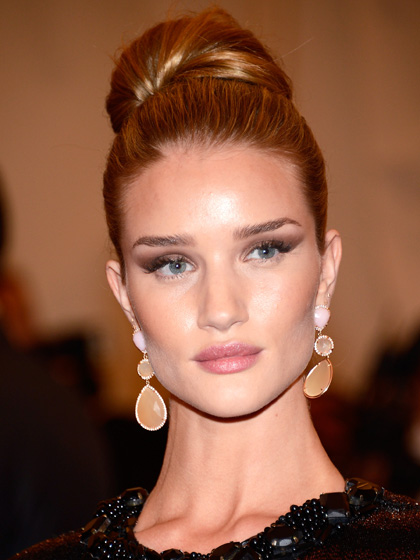 You Rosie huntington whiteley hair