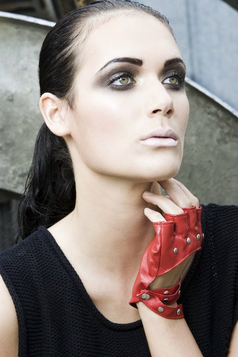 Smoky Eye Make-up by Tommy . Photo by Flotography