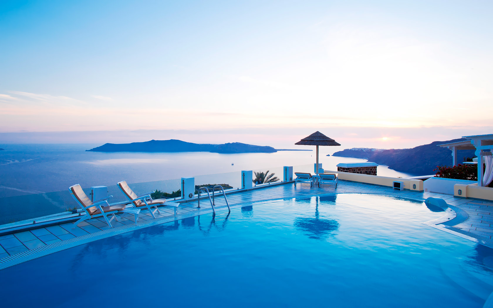Luxury hotels resorts in greece tommy beauty pro for Hotels santorin