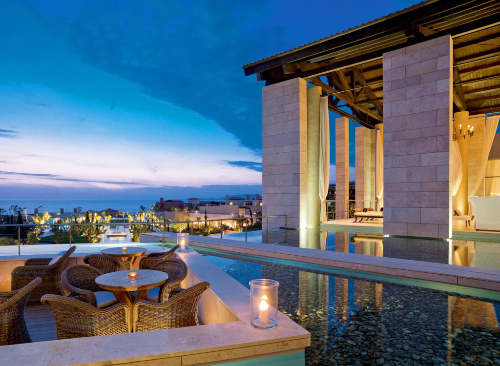 Luxury hotels resorts in greece tommy beauty pro for Hotel luxury