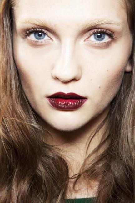 Makeup Trends: ELLE Magazine: Fall 2012 Beauty Trends