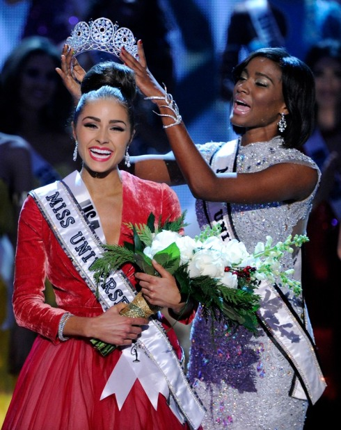Miss Universe 2012 Crowing Moment