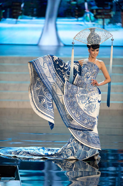 Best National Costume Award: Miss Universe 2012 China, Ji Dan Xu