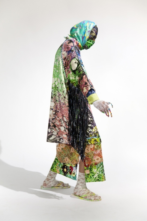 manon_kundig_bowerbird_master_collection_antwerp_fashion_department_2012_c_photo-_michael_smits