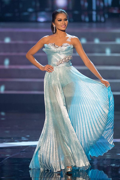 Miss Philippines, Janine Tugonon is the First Runner-Up at Miss Universe 2012