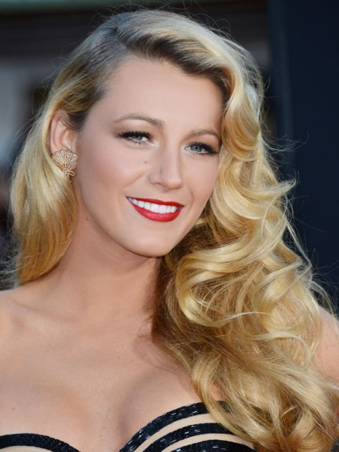Voluminous Waves: Blake Lively