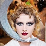 2011-2-fall-dior-makeup-Alexandra-Tretter