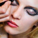 2011-2-fall-dior-makeup-Daria-Strokous