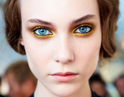 Complementary Color Make-up Look
