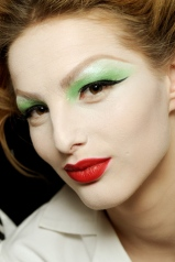 christian-dior-2010-green-eyeshadow-02