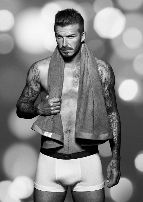 David-Beckham-for-HM-Holiday-Christmas-Campaign-ad