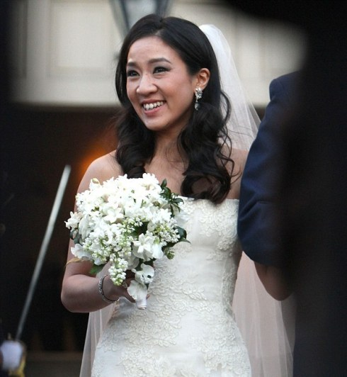 Michelle Kwan wearing Vera Wang wedding dress