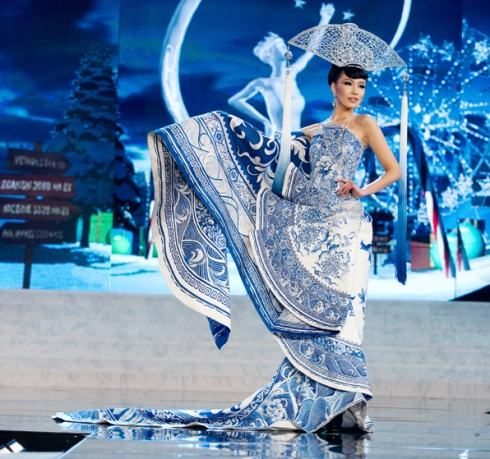 Miss Universe 2012 China - Best National Costume Award
