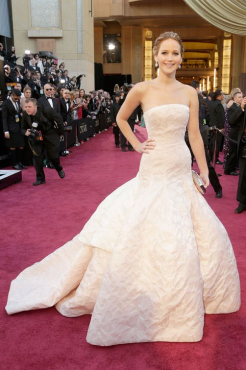 hbz-oscar-2013-best-dressed-Jennifer-Lawrence-lgn