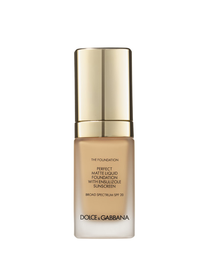 The blinding flash from paparazzi cameras (or your friends' iPhones) is no match for Dolce & Gabbana The Foundation Perfect Matte Liquid Foundation, which hides everything from acne scars to sun spots with a refined tint.
