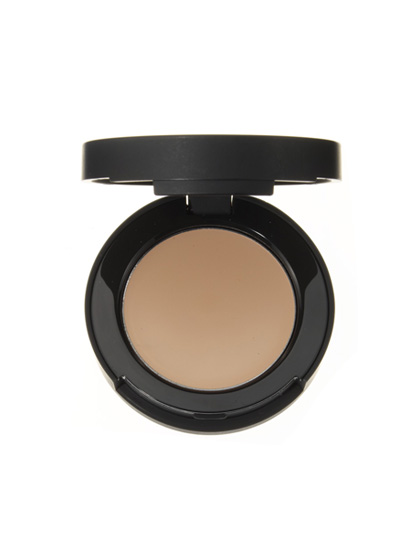The only thing worse than a conspicuous zit is obvious concealer. BareMinerals Correcting Concealer SPF 20 keeps your secret with natural, skin-matching copper minerals.