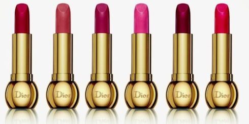 Long-wearing True Colour Lipstick