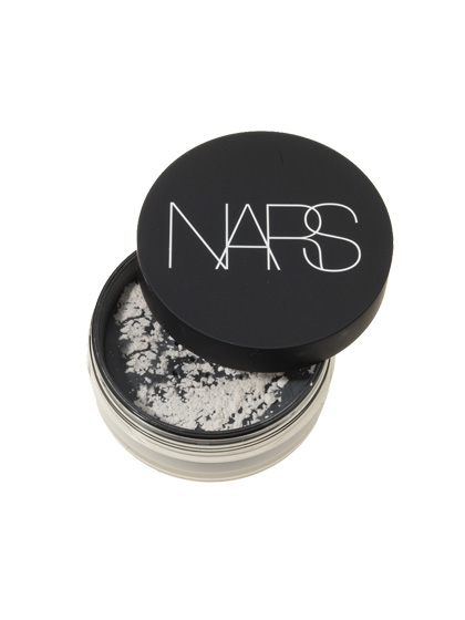 Nars Light Reflecting Setting Powder Loose is the closest you can get to real-life airbrushing.