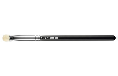 M·A·C #239 Eye Shading Brush