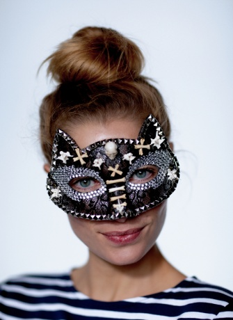 Langley Fox mask worn by Jessica Hart
