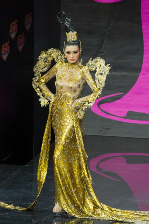 Miss Universe 2013 - National Costume: China