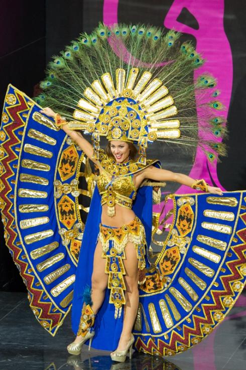 Miss Universe 2013 - National Costume: Ecuador