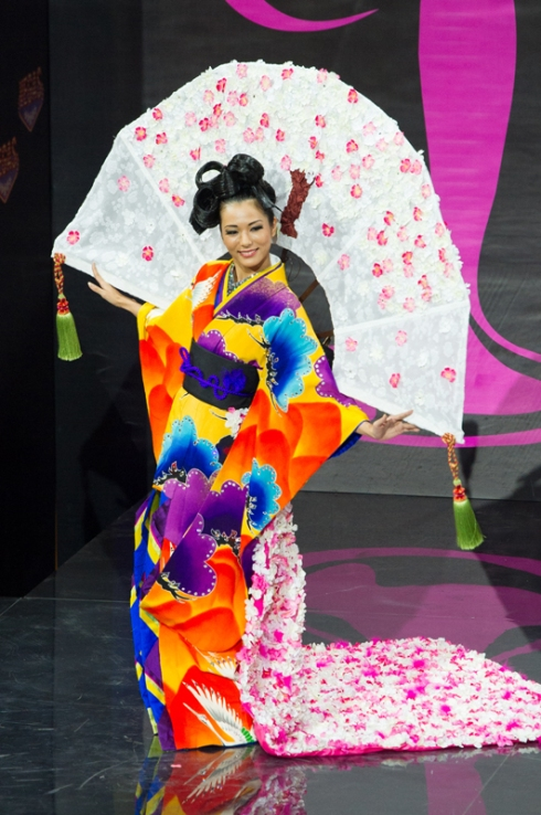 Miss Universe 2013 - National Costume: Japan