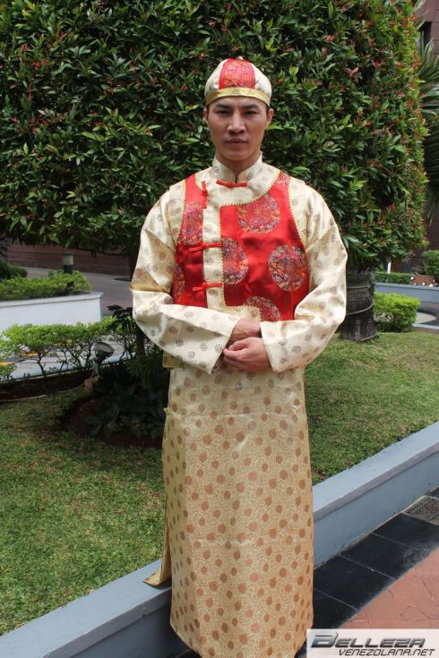 NATIONAL COSTUMES - CHINA