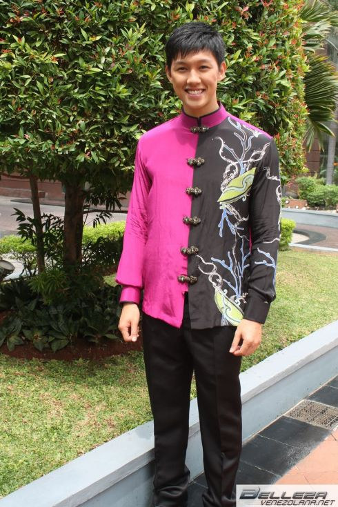 NATIONAL COSTUMES - MALAYSIA
