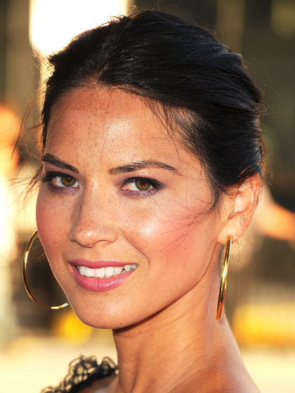 Olivia Munn - Two-tone Eyes: Purple