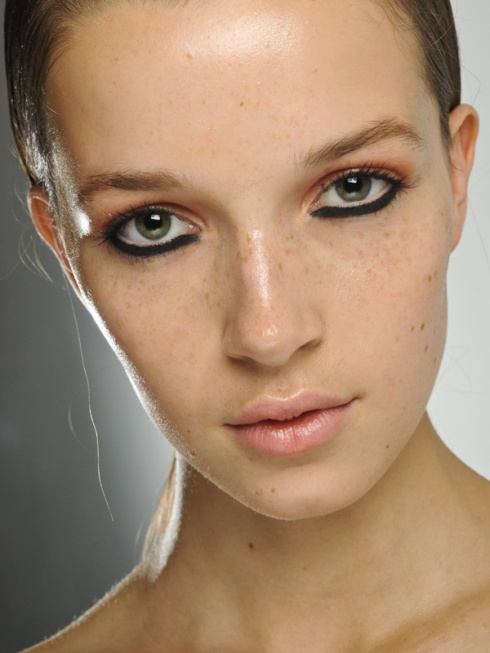House of Holland - Spring 2012 Make-up Trend