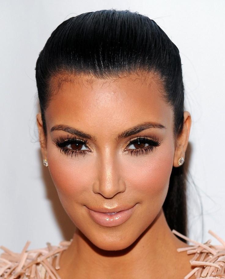 Kim Kardashian Makeup Looks │ 社交名媛金·卡達夏的美妝