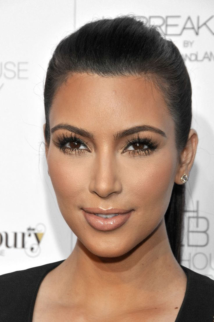 Kim Kardashian Makeup Looks │ 社交名媛金·卡達夏的美妝 | Tommy Beauty Pro