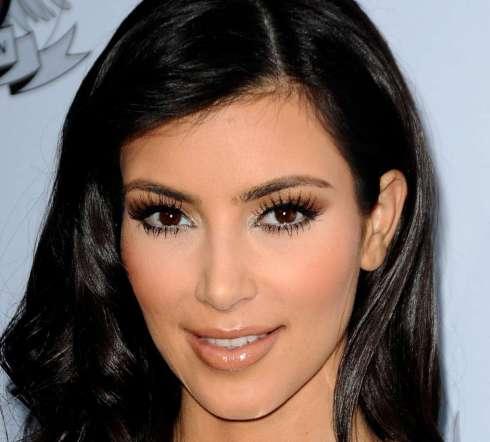 Kim Kardashian Makeup-03
