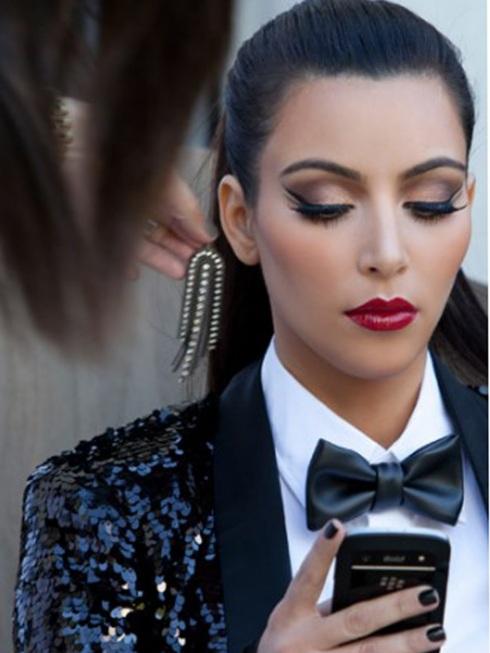 Kim Kardashian Makeup-04