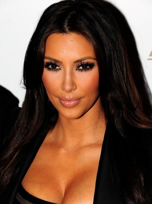 Kim Kardashian Makeup-05