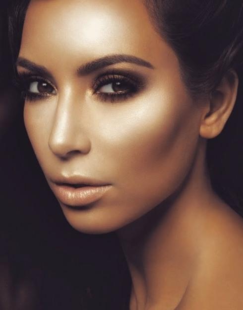 Kim Kardashian Makeup-08