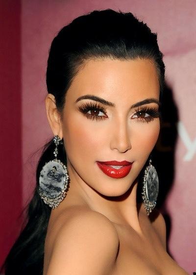 Kim Kardashian Makeup-15 (1)