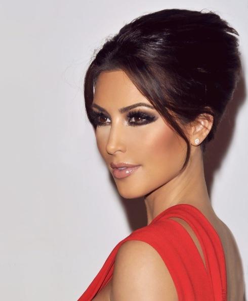 Kim Kardashian Makeup-15 (2)