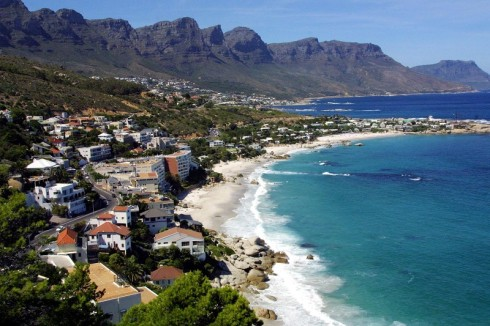 A view of the 'atlantic seaboard' in Cape Town 04