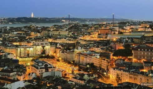 lisbon-at-night-city-tour--fado-show-3b601
