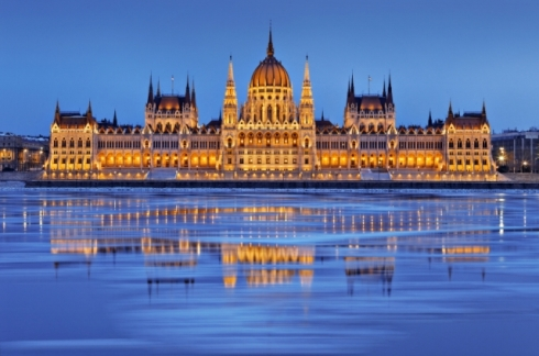 Parliament-at-dusk-Icy-Danube-River-Budapest-Hungary