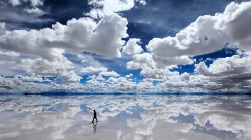 Reflective-salt-flats-in-Bolivia 2 small