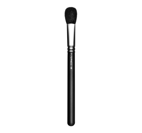 M·A·C #109 Small Contour Brush