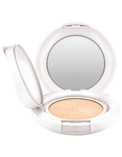 MAC Lightful C  Quick Finish Compact 亮白C美白氣墊粉餅SPF50-02
